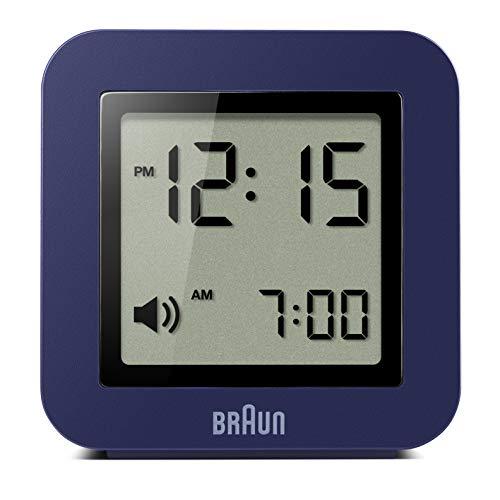 Braun Digitaler Reisewecker Schlummerfunktion, kompakte Größe, Positiv-LCD, Schnelleinstellfunktion, Crescendo-Alarm, blaues Modell BNC018BL.