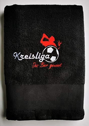 Kreisliga Duschtuch schwarz Bestickt Bier gewinnt Stickerei   70x140cm   Merch   100% Baumwolle Badetuch   Geschenk für Männer   Handtuch Fußballgeschenk   Fußball Accessoires