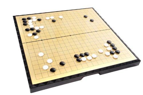 Quantum Abacus Azerus Premium Line: Klassisches Go / Weiqi, Spielbrett mit magnetische Spielsteinen (181 Schwarze, 180 weiße Steine), Große Brettgröße L (37cm x 37cm), Art. F9