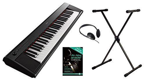 Yamaha Piaggero NP-12B Portable Piano Set (61 anschlagdynamische Tasten, 10 Top-Sounds, Record-Funktion, inkl. Keyboardständer, Kopfhörer und Klavierschule, USB, Batteriebetrieb möglich) schwarz