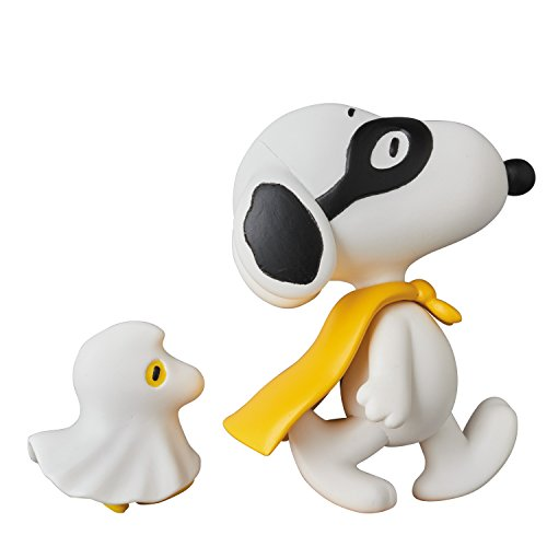 Medicom Peanuts: Halloween Snoopy with Woodstock Ultra Detail Figure