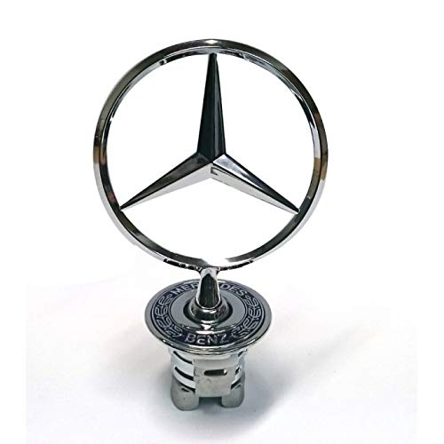 Mercedesstern an Motorhaube