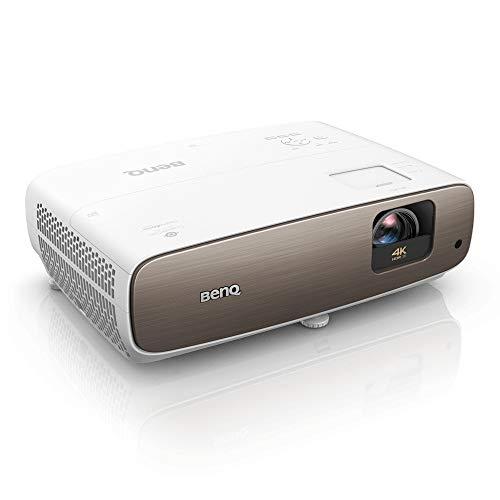 Proyector de cine en casa BenQ W2700 de auténtico 4K con HDR-Pro, cobertura del 95 % de DCI-P3 y 100 % de Rec. 709, 2000 lúmenes, HDMI, iris dinámico para mejorar el contraste en escenas oscuras