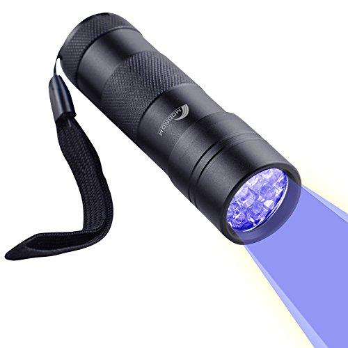 Moobom 12 LED UV Lampe de Torche Ultra Violet Détecteur pour Urine&Tache, Lumière Noire / Lampe de Poche, Pour Trouver les Taches sur les Vêtements, Moquettes ou Tapis