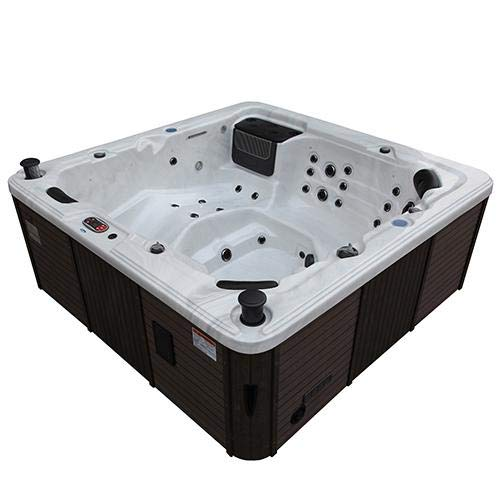 Canadian Spa Toronto SE Outdoor Jacuzzi