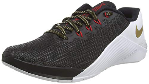 Nike Women's WMNS Metcon 5 Gymnastics Shoes, Black (Black/Metallic Gold-White-University red 076), 3.5 UK