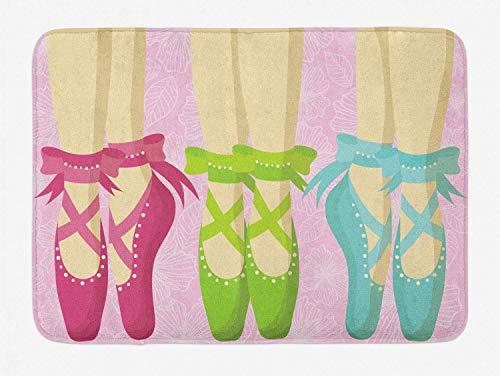 Tappetino da bagno balletto, scarpe da punta ballerina donna piedi pantofole classiche vista su sfondo di foglie floreali, tappetino arredo bagno peluche con supporto antiscivolo, rosa magenta