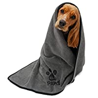 [SMOOTH AND VELVETY]- Unlike lots of other microfibre towels, twigs, dirt and leaves will not get stuck to it easily because it's so soft and smooth! [VERSATILE MULTI-USE] - Can be used as a towel, blanket, drying mat for muddy paws, grooming, or on ...