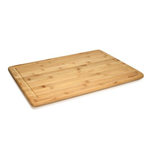 Navaris Bambus Schneidebrett Brettchen XXL - 48x35x1,8cm Küchenbrett messerschonend mit Saftrille - Küchen Holz Brett - Holzbrettchen Arbeitsplatte