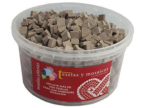 Cubo 1000 teselas marrones para mosaico planas de 7,5x7,5x3 mm + regalo cola blanca uso escolar.