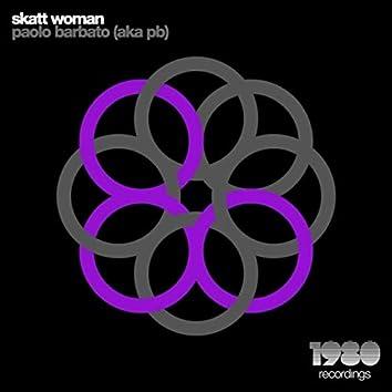 Skatt Woman