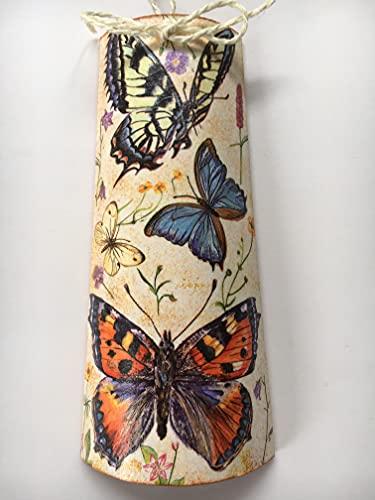 Teja decorativa con adorno de mariposas