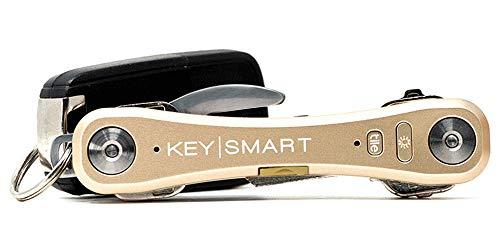 KeySmart Pro - Der kompakte Schlüsselhalter mit LED Licht & Tile Smart Technologie, lässt Sie Ihre verlorenen Schlüssel & Handys mit Bluetooth verfolgen (bis zu 10 Schlüssel, Gold)