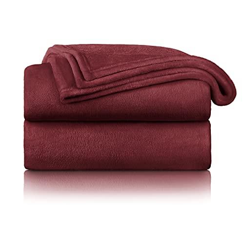 Blumtal Flauschige Kuscheldecke – hochwertige Wohndecke, super weiche Fleecedecke als Sofaüberwurf, Tagesdecke oder Wohnzimmerdecke, 220 x 240 cm, Dunkelrot