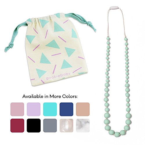 10 Best Teething Necklace For Moms