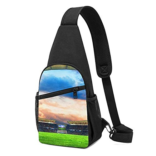 The Yin And Yang Sky On The Football Field Sling Mochila bandolera bandolera