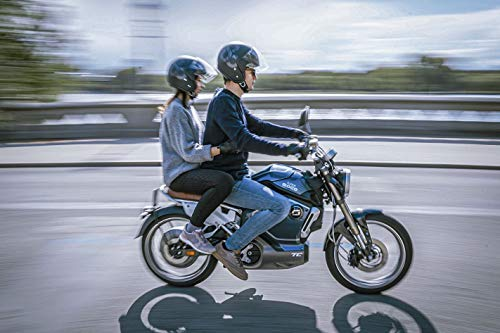 Jochen Schweizer Geschenkgutschein: E-Moped Tour in Hamburg