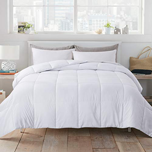 WhatsBedding White Down Alternative Quilted Comforter - All Season Lightweight Duvet Insert or Stand-Alone Comforter with Corner Tabs - Full Size(82×86 Inch)