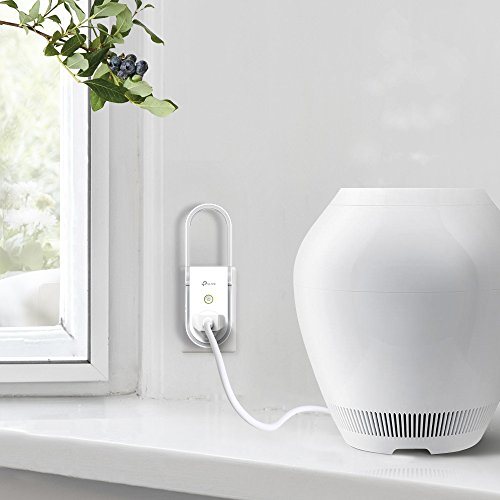 TP-Link Smart Plug, Easy Setup, AC750 Wi-Fi Range Extender/Repeater, works with Amazon Alexa, 2 in 1, remote control by Kasa app