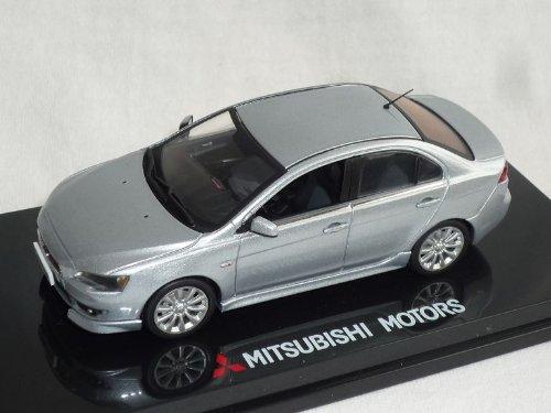Vitesse Mitsubishi Lancer Limousine Silber Mit Frontlippe Ab 2007 8. Generation Cyo 1/43 Modell Auto Modellauto