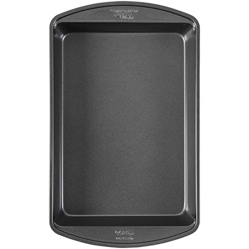 Wilton Perfect Results Nonstick Oblong Cake Pan, 13 by 9