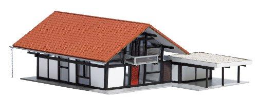 Busch 8246 - HUF Haus braun/rot