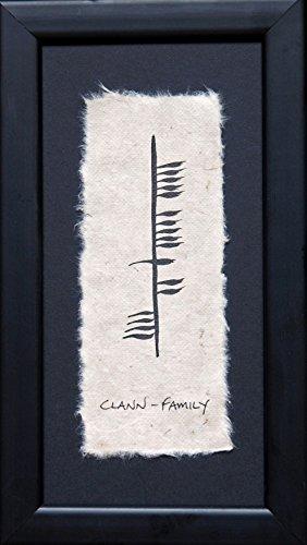 Ogham Wishes Wandbild Clann - Family, gerahmt, handgemalt auf handgeschöpftem Papier