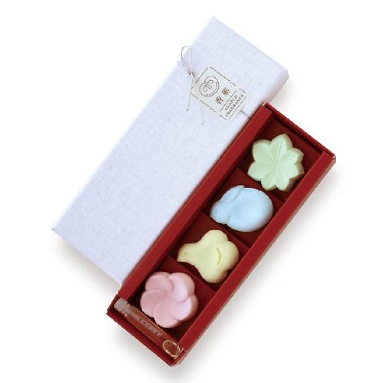 忠実にスクラップブックで出来ている日本香堂 香菓 アソート4種入 オイル付