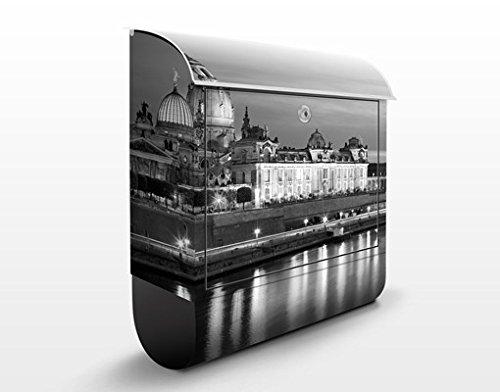Briefkasten mit Zeitungsrolle Dresden Canaletto Blick bei Nacht II 46cm x 39cm