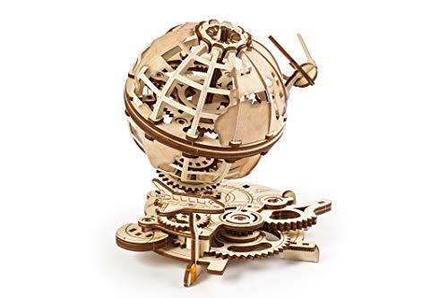 UGEARS Puzzle 3D di Legno - Globo Rotante Modellini da Costruire per Adulti - Puzzle per Adulti - Globo Meccanico con Lo Shuttle e Lo Sputnik - Kit di Costruzione per Adulti Auto-Assemblante in Legno