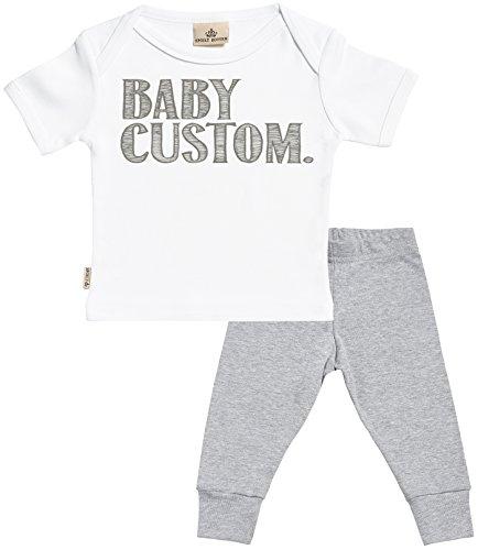 Personalizados bebé Baby Custom Regalo para bebé - Camiseta Personalizados para bebés & Pantalones para bebé - Regalos Personalizados para bebé - Blanco, Gris - 18-24 Meses