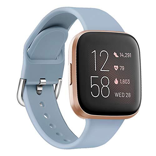 Oihxse Silicona Ajustable Correa Compatible con Fitbit Versa/Versa Special Edition/Fitbit Versa 2/Versa Lite Watch Deportivo Suave Reemplazo Delgada Pulsera Accesorio Mujer Hombre (Azul Claro,L)