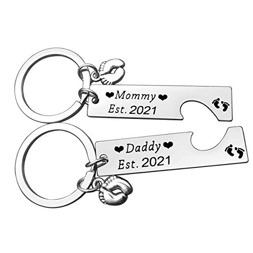 Pregnancy Announcement Gifts Mommy and Daddy Est 2021 Keychain Set New...