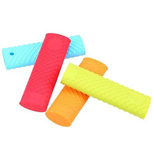Pan Handle Covers, GOODCHANCEUK 4-Pack Silicone Pot Grip Sleeve Heat Resistant Slip Saucepan Handle Gadget Random Color