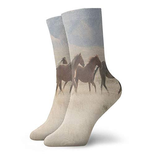 Calcetines suaves a mediados de la pantorrilla, calcetines salvajes Mustang caballos rebaño corriendo en un valle Utah al aire libre paisajes fotografía calcetines decorativos para hombres y mujeres