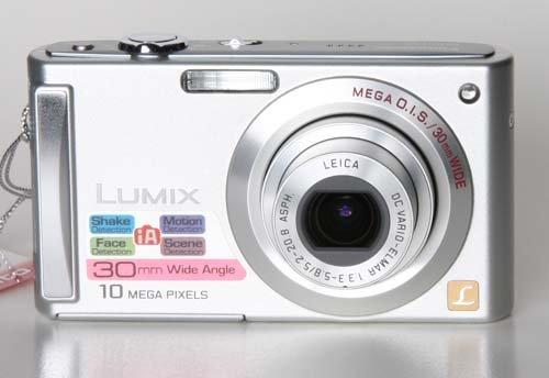 Panasonic Lumix DMC-FS5 silber +SD-HC 8GB+Tasche+2.Akku+DS+MS