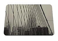 26cmx21cm マウスパッド (黒と白の橋の空の構造) パターンカスタムの マウスパッド