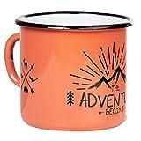 Adventure begins   Emaille Tasse von MUGSY in Trendfarbe Koralle Orange   im Outdoor Design   Emaille Becher robust und leicht für Camping und Wandern   Retro Kaffebecher 330 ml