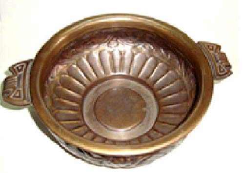 Shalinindia Indian Home Decorative Uruli Brass Vessel for Floating Flowers and Candles 4 Inches 180 Grams