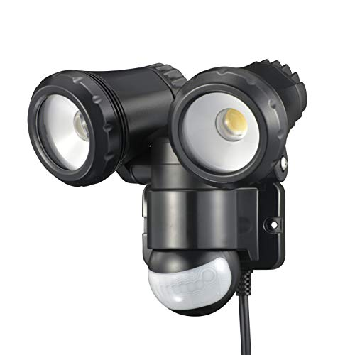 オーム電機 リモコン付きLEDセンサーライト(2灯/1300lm/コンセント式/保護等級IP44[防まつ]/ブラック) RF-LS1300
