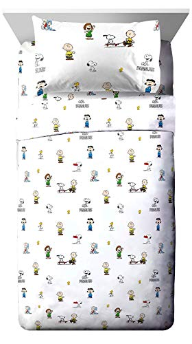 Jay Franco Peanuts Best Friends Twin XL Sheet Set - 3 Piece Set Super Soft and Cozy Kid's Bedding Features Snoopy & Charlie Brown - Fade Resistant Microfiber Sheets (Official Peanuts Product)