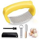 Prensa de ajos Rocker – Acero inoxidable picadora de ajos con tubo de silicona, cepillo de limpieza y raspador y abrebotellas (amarillo)