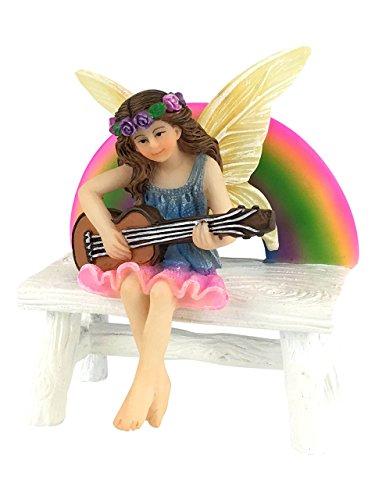 Megan Hada Arco Iris con Banco Arco Iris a juego. Figurita de hada en miniatura para tu Jardín de Hadas de GlitzGlam.