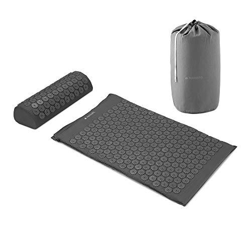 Navaris 2in1 Akupressur Massage Set - 1x Akupressurmatte 1x Kissen mit Tasche - Akupressur Matte und Kopfkissen zur Lösung von Verspannungen - Grau