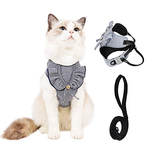Cat Harness and Leash for Walking Escape Proof Adjustable Breathable Reflective Cat Leash and Harness Set, Kitten Harness Dog Harnesses for Small Dogs Rabbit Easy Control (L)