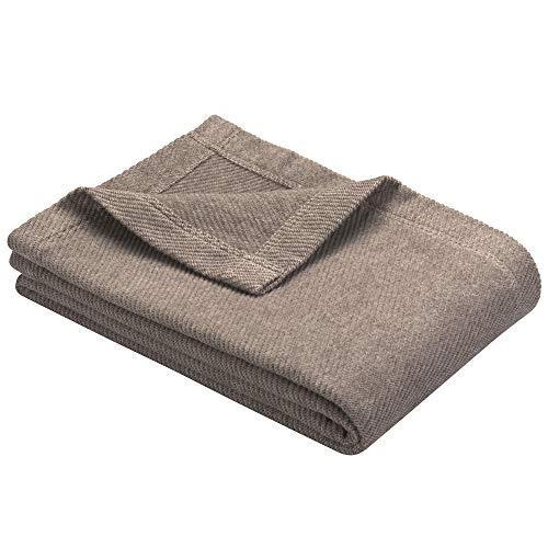 Ibena Valencia Kuscheldecke 140x200 cm - Tagesdecke braun, kuschelig weich & angenehm warm, hochwertige Leicht zu pflegene Baumwollmischung