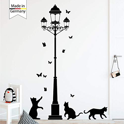 Wandtattoo Straßenlaterne Katzen Schmetterlinge Größe 188 cm hoch x 145 cm breit/schwarz