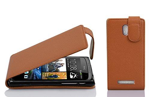 Cadorabo Hülle für HTC Desire 500 in Cognac BRAUN - Handyhülle im Flip Design aus Strukturiertem Kunstleder - Hülle Cover Schutzhülle Etui Tasche Book Klapp Style
