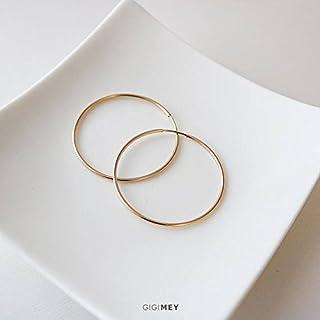 Lightweight everyday hoop earrings