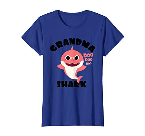 Womens Grandma Shark Gift for Women Shark Baby Cute Matching Family T-Shirt